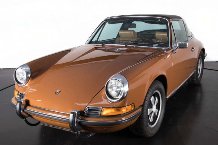 1972 Porsche 911T - 2.4 Targa 10