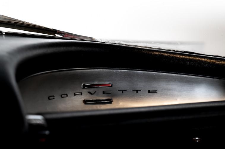 1962 CHEVROLET CORVETTE C1 21