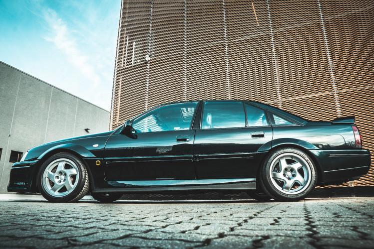 1991 Lotus Opel Omega  4