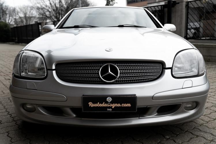 2000 Mercedes-Benz 320 SLK 1
