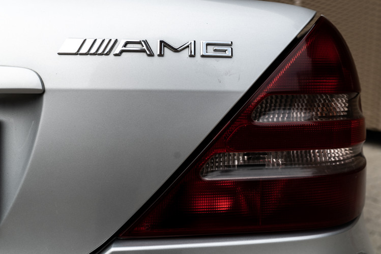 2000 Mercedes-Benz 320 SLK 30