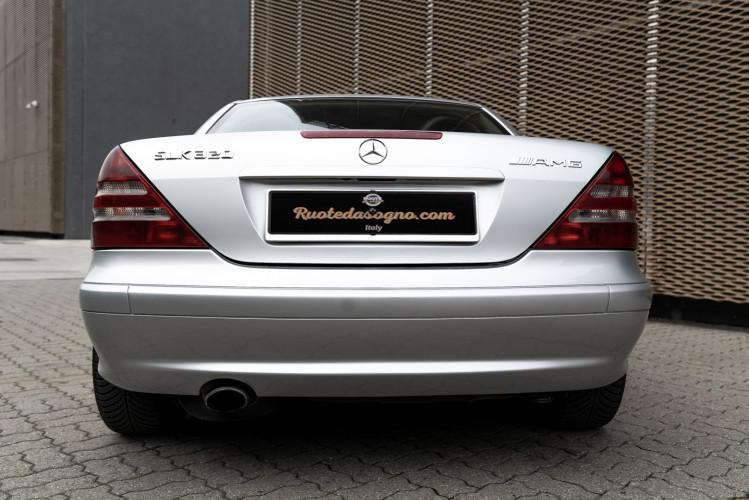 2000 Mercedes-Benz 320 SLK 4