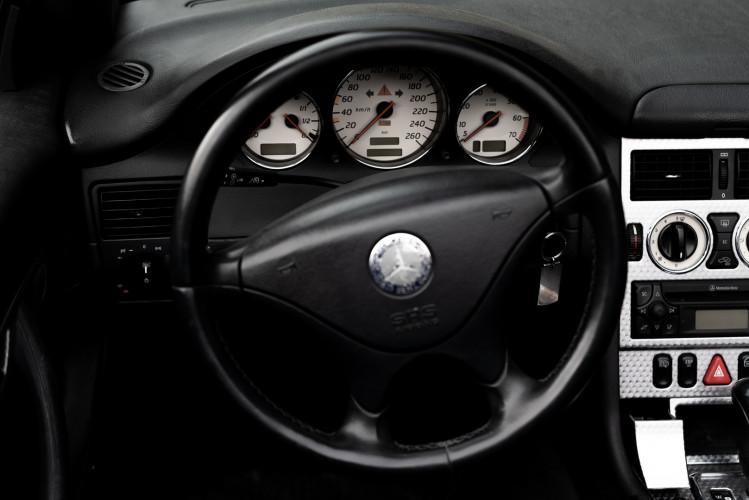 2000 Mercedes-Benz 320 SLK 33