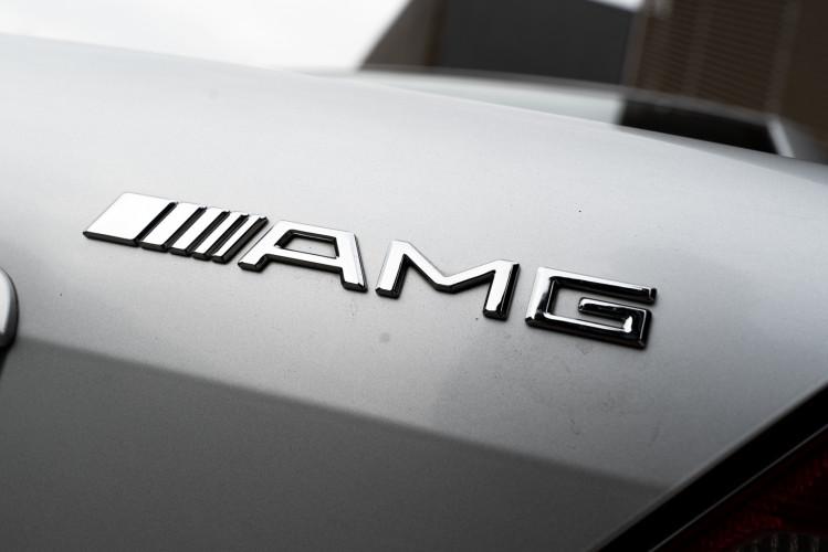 2000 Mercedes-Benz 320 SLK 38