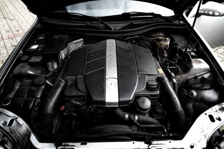 2000 Mercedes-Benz 320 SLK 42