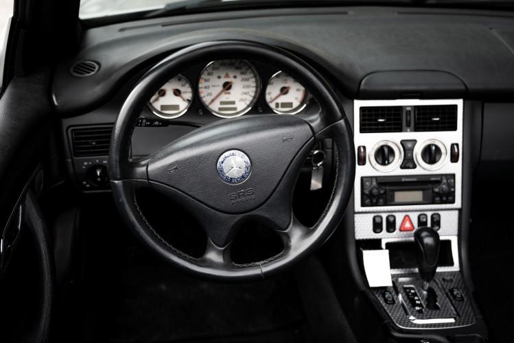 2000 Mercedes-Benz 320 SLK 51