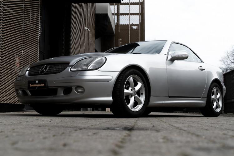 2000 Mercedes-Benz 320 SLK 0