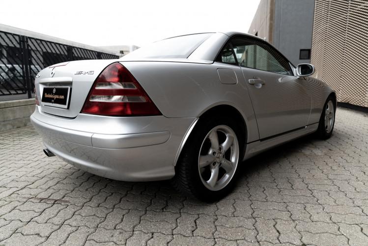 2000 Mercedes-Benz 320 SLK 11