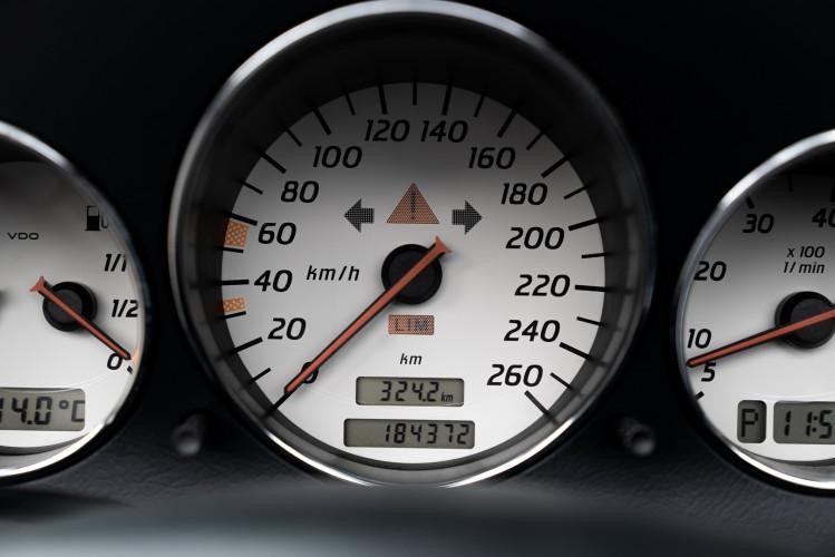 2000 Mercedes-Benz 320 SLK 17