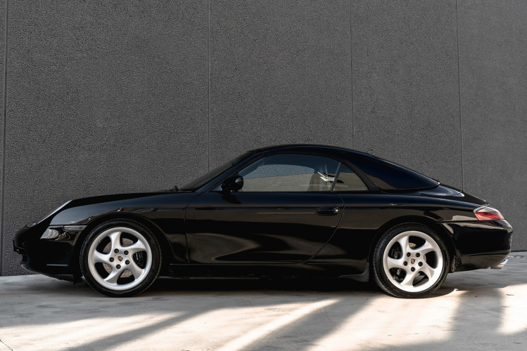 2001 Porsche 996 Carrera Cabrio 4