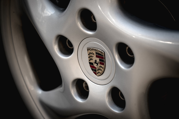 2001 Porsche 996 Carrera Cabrio 10