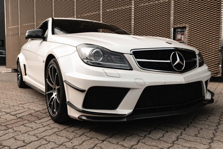 2012 Mercedes-Benz C63 AMG Black Series 9