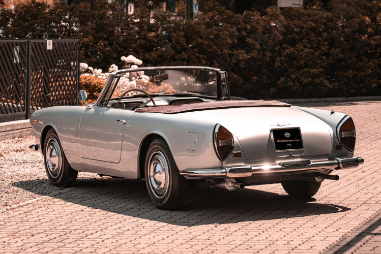 1963 Lancia Flaminia Touring Convertible 2500 3C  2