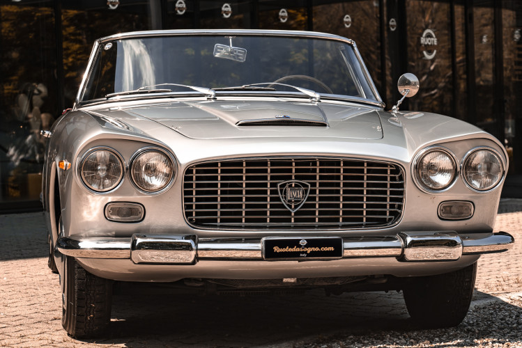 1963 Lancia Flaminia Touring Convertible 2500 3C  6