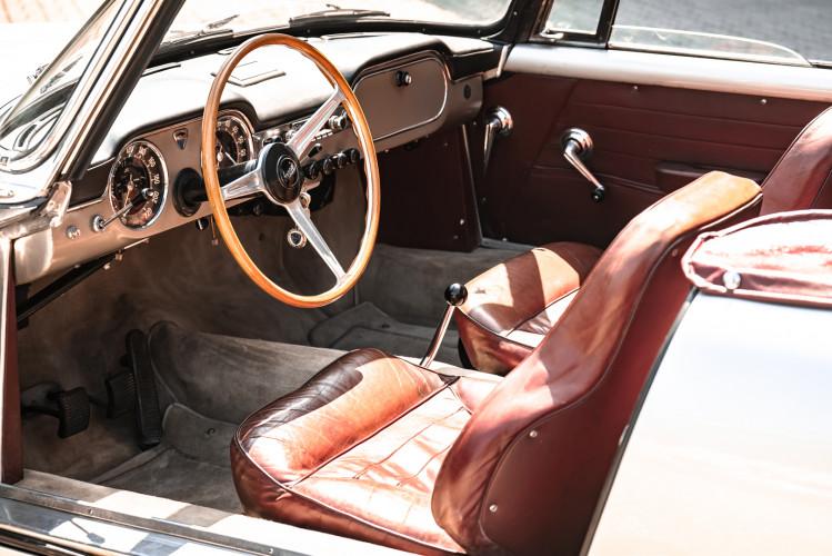 1963 Lancia Flaminia Touring Convertible 2500 3C  23