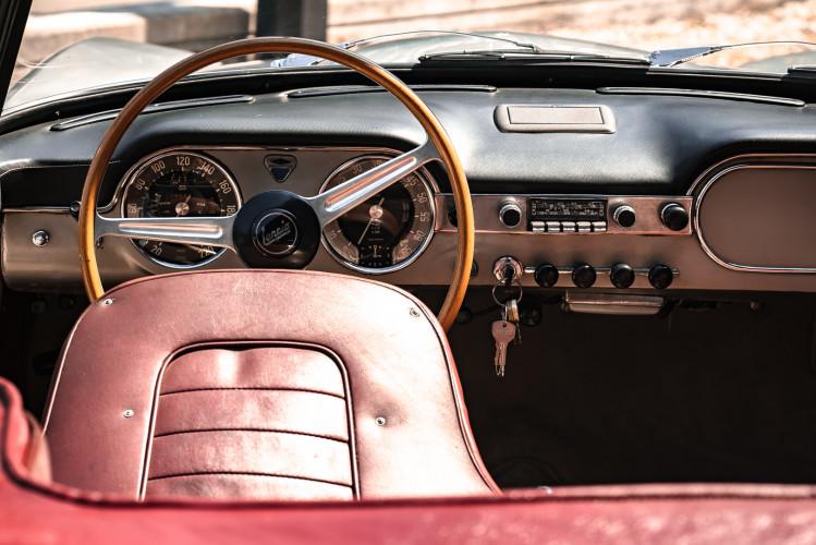 1963 Lancia Flaminia Touring Convertible 2500 3C  26