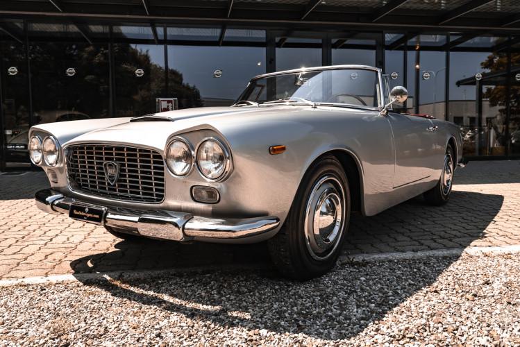 1963 Lancia Flaminia Touring Convertible 2500 3C  8
