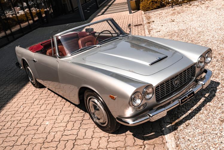 1963 Lancia Flaminia Touring Convertible 2500 3C  10