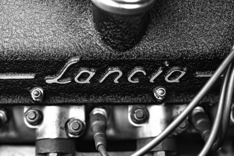 1963 Lancia Flaminia Touring Convertible 2500 3C  48