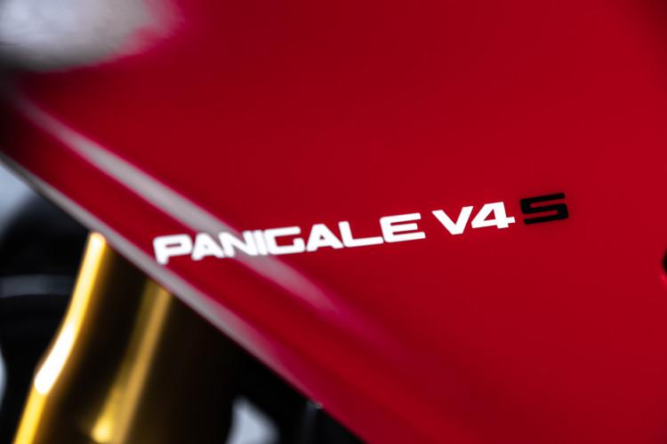2021 Ducati Panigale V4S 29
