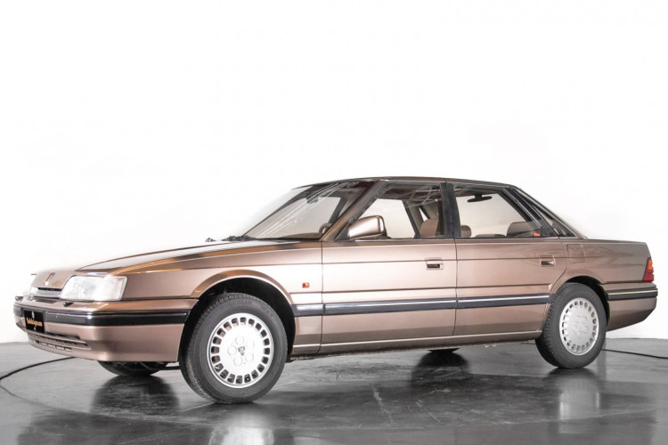 1988 Austin Rover XS 820 Sterling 0