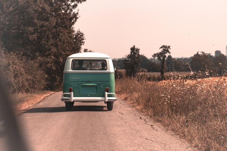 """1964 Volkswagen T1 """"21 Windows"""" 10"""