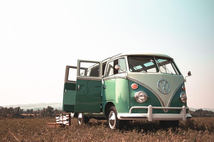 """1964 Volkswagen T1 """"21 Windows"""" 6"""