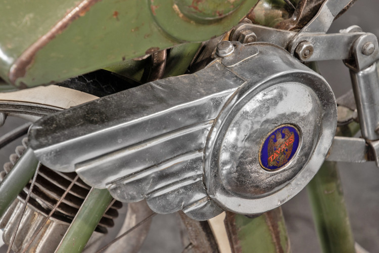 1949 Taurus 50 cc 10