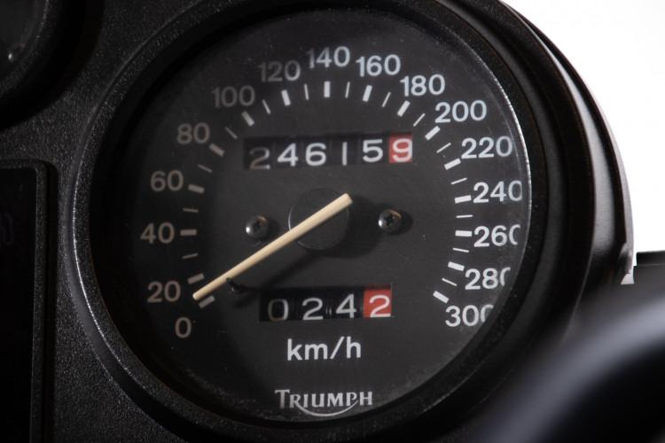 1993 Triumph Trident 900 13