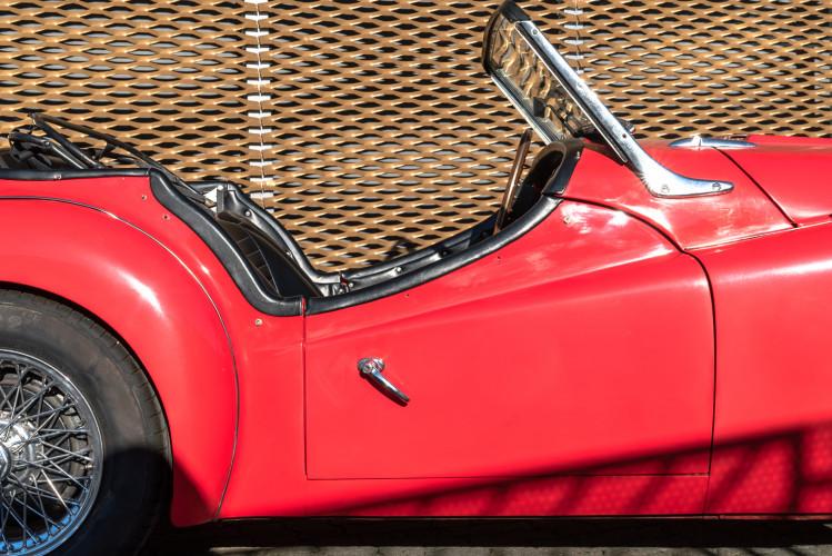 """1958 Triumph TR3A """"Small Mouth"""" 14"""