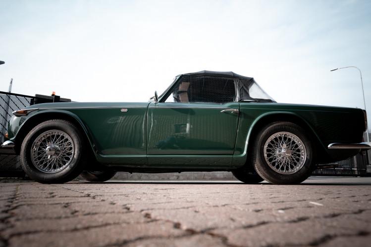1965 Triumph TR4 A 2