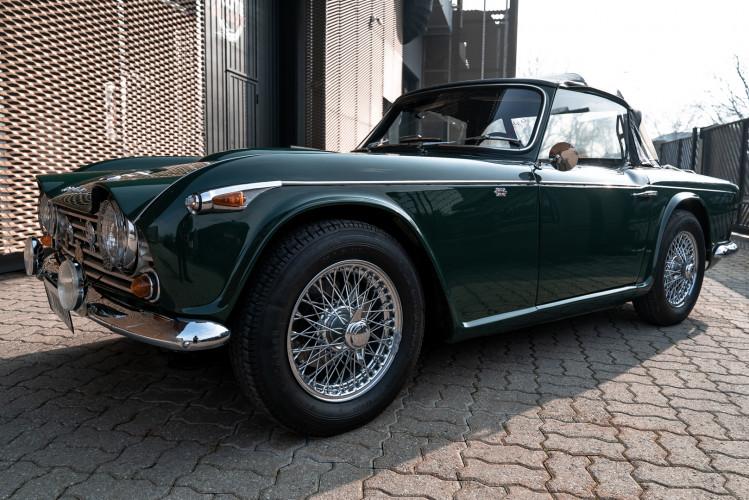1965 Triumph TR4 A 13