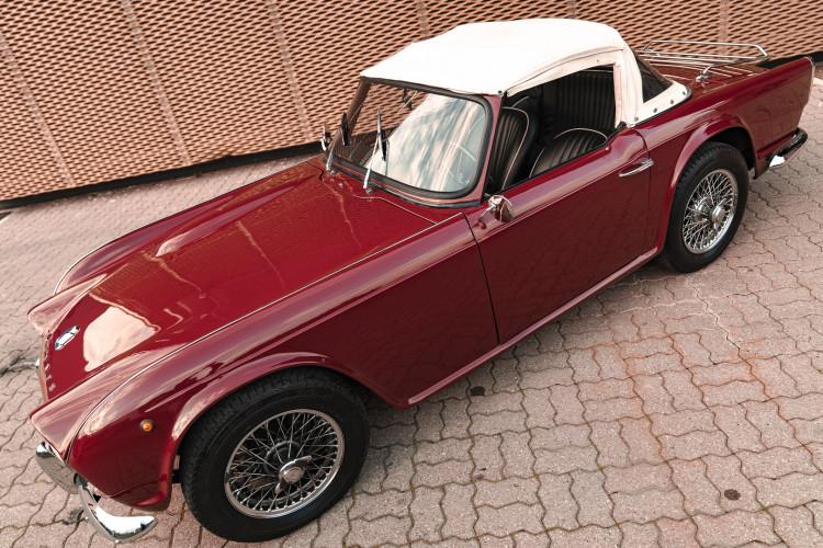 1963 Triumph TR4 Sport 6