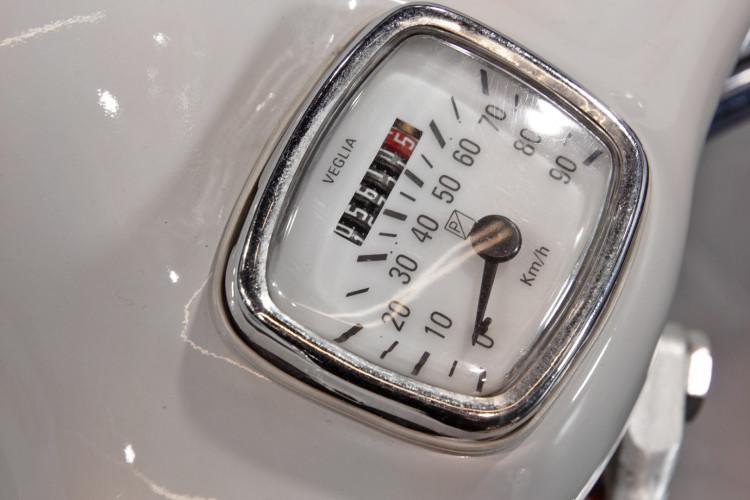 1961 Piaggio Vespa 125 10