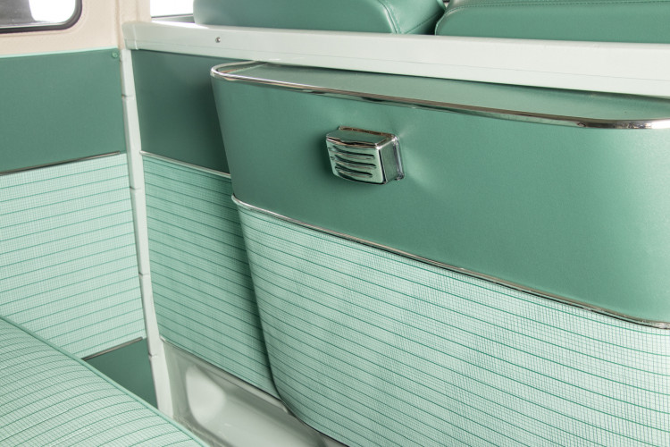 """1964 Volkswagen T1 """"21 Windows"""" 45"""