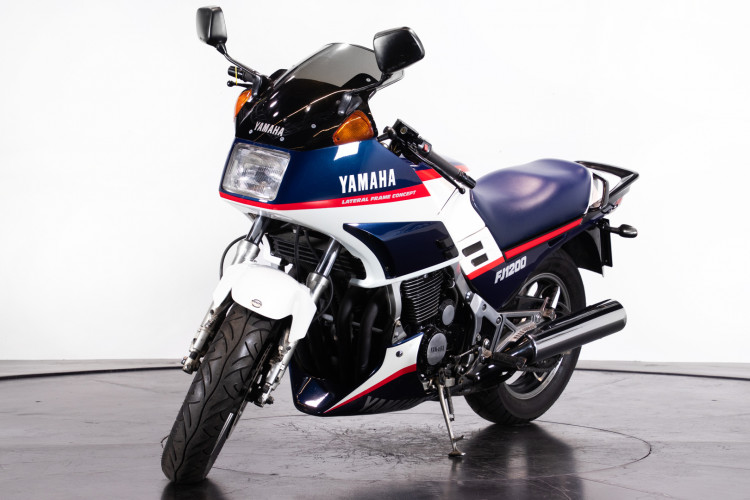 1986 Yamaha FJ 1200 4