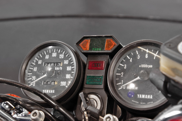 1980 Yamaha XS 400 11