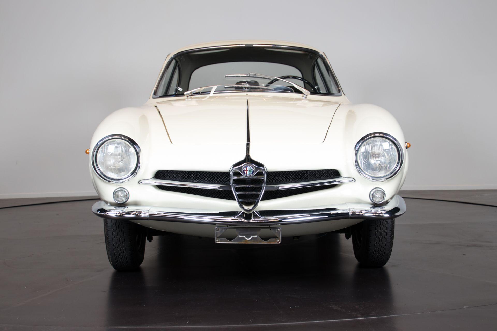 1961 Alfa Romeo Giulietta Sprint Speciale 4910