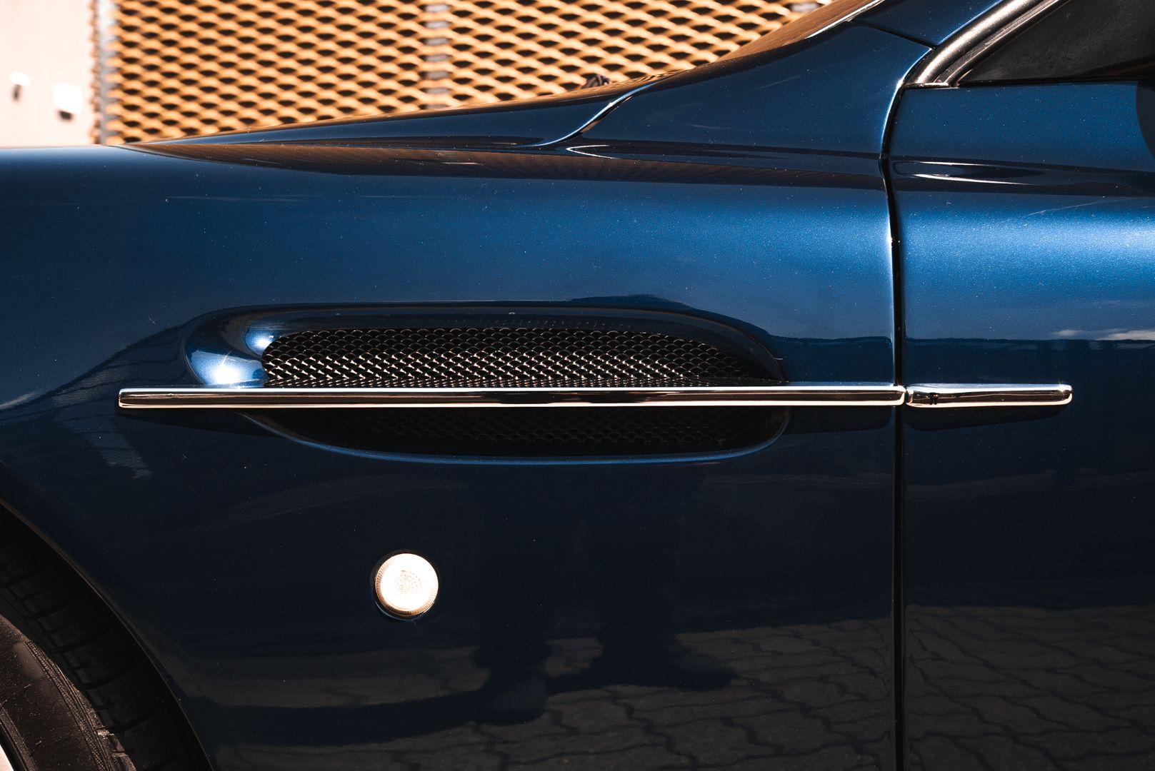 2001 Aston Martin V12 Vanquish 67930