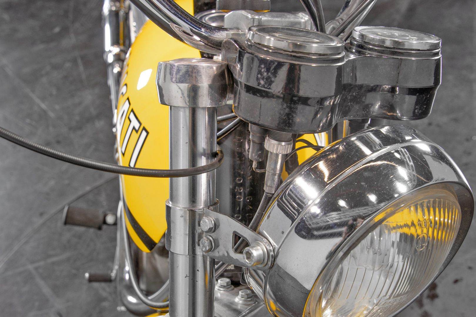 1972 Ducati RT 450 35903