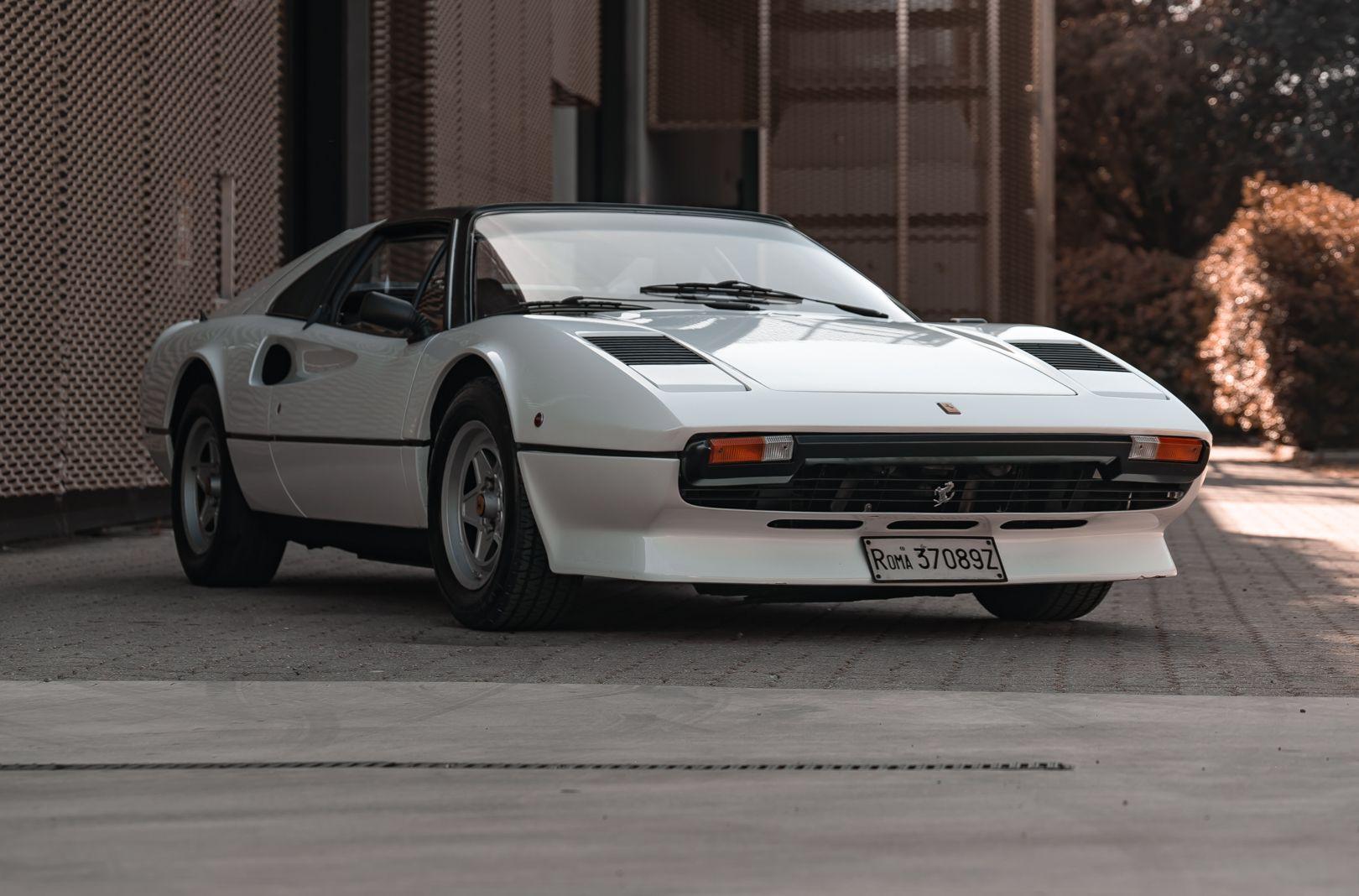 1982 Ferrari 208 GTS Carburatori 75992
