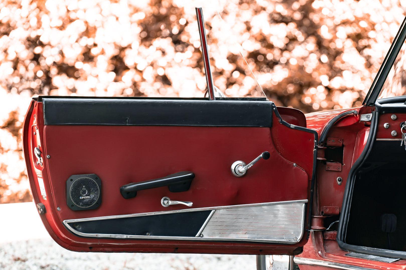 1962 Fiat 1200 Cabriolet Pininfarina 76337