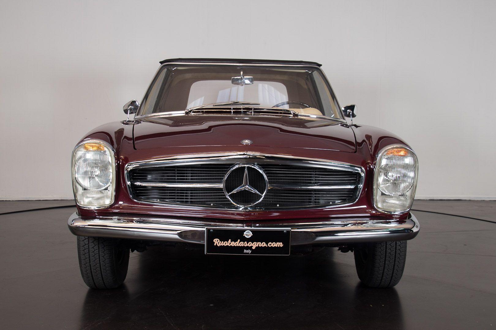 1963 Mercedes-Benz 230 SL 15931