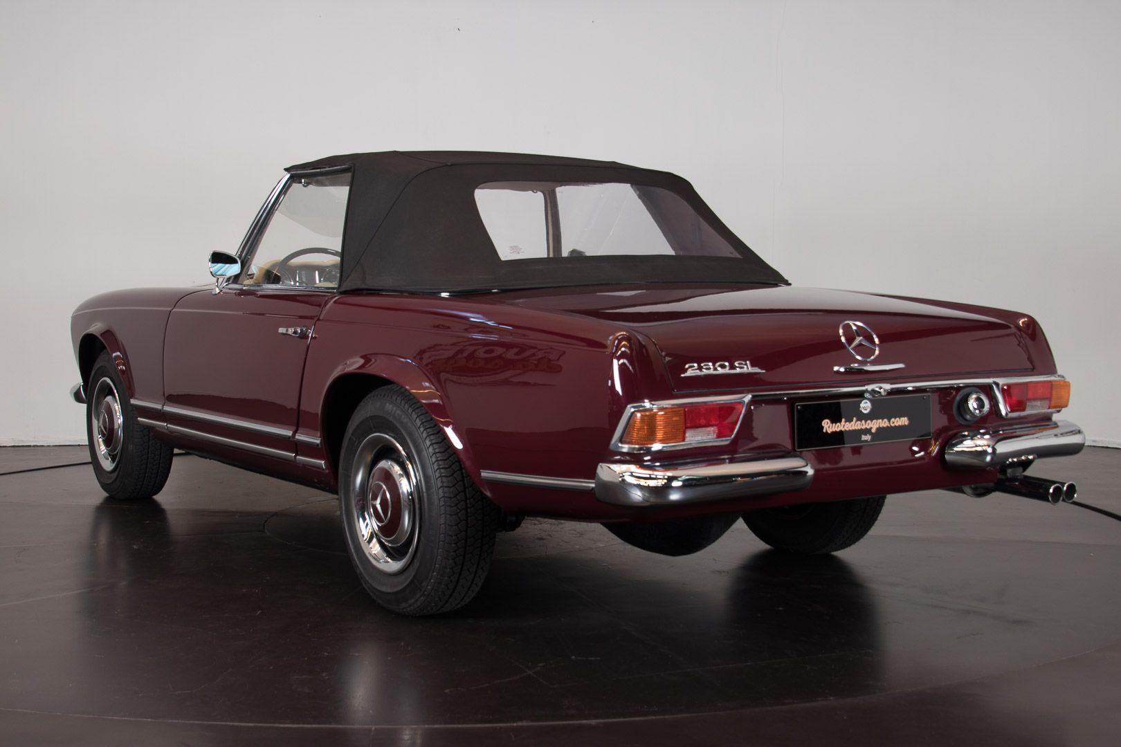 1963 Mercedes-Benz 230 SL 15935