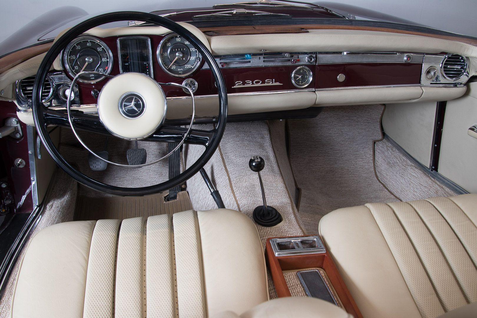 1963 Mercedes-Benz 230 SL 15941