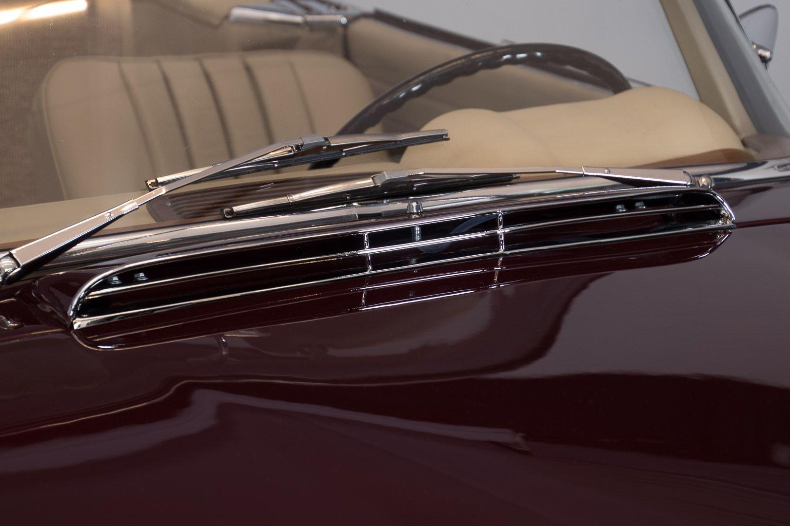 1963 Mercedes-Benz 230 SL 15950