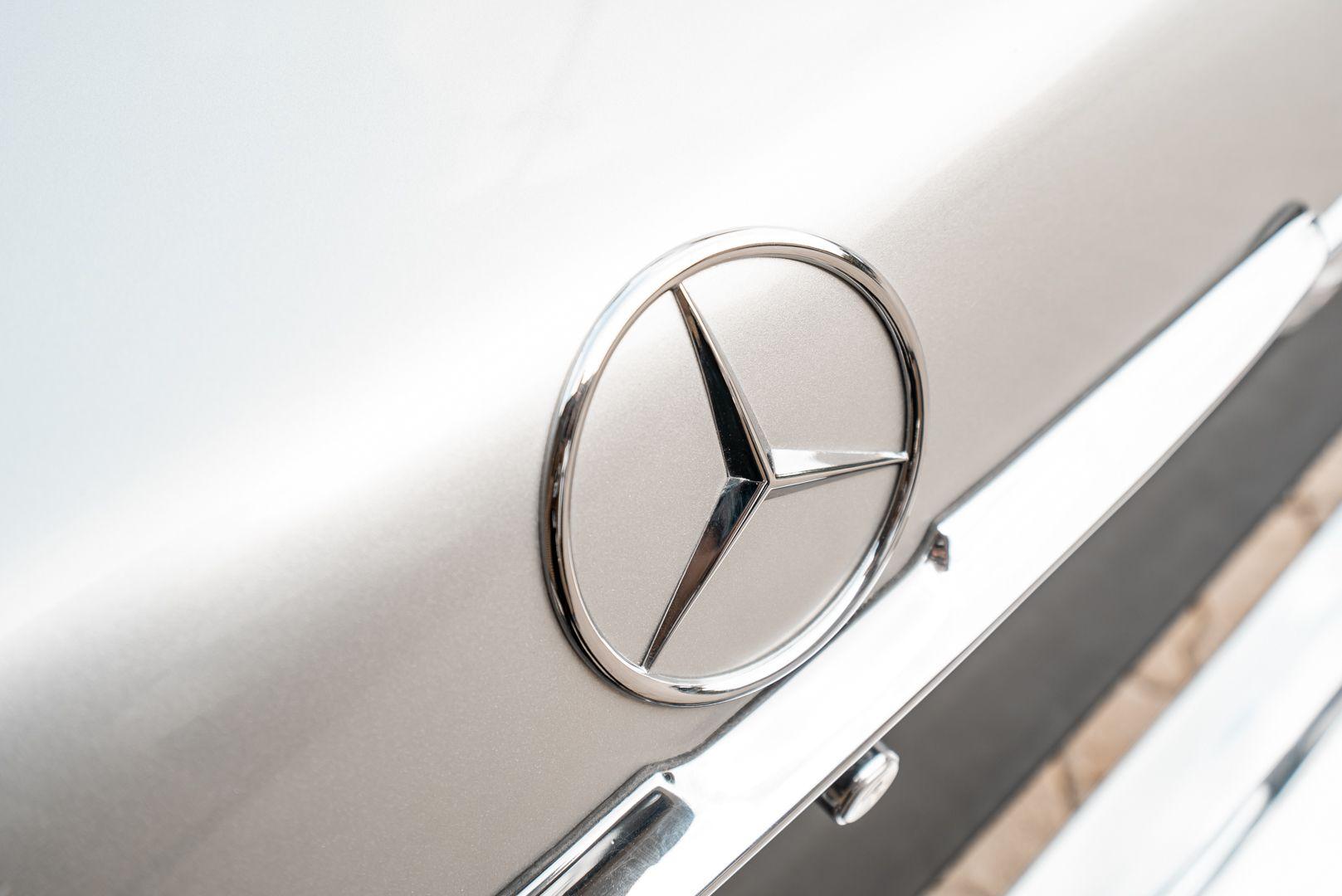 1977 Mercedes-Benz SL 450 73671