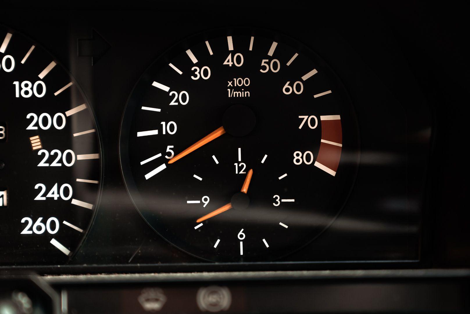 1985 Mercedes-Benz 190E 2.3-16 71360