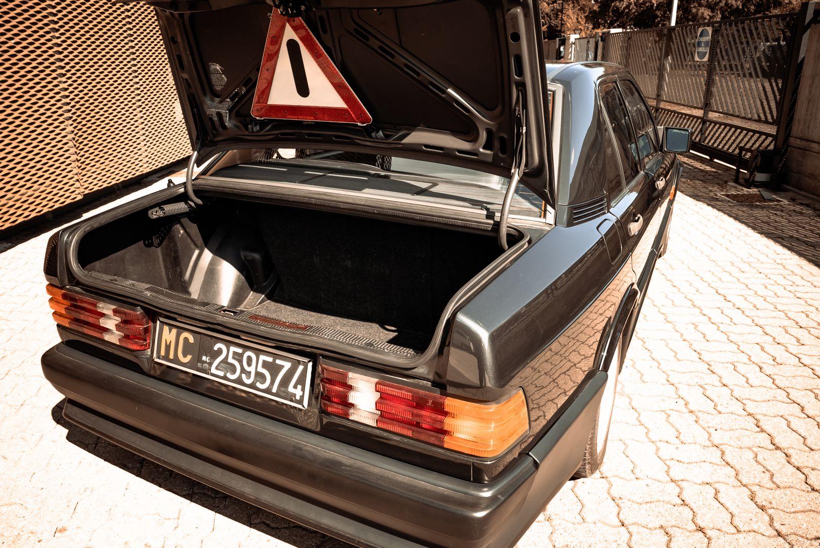 1985 Mercedes-Benz 190E 2.3-16 71366