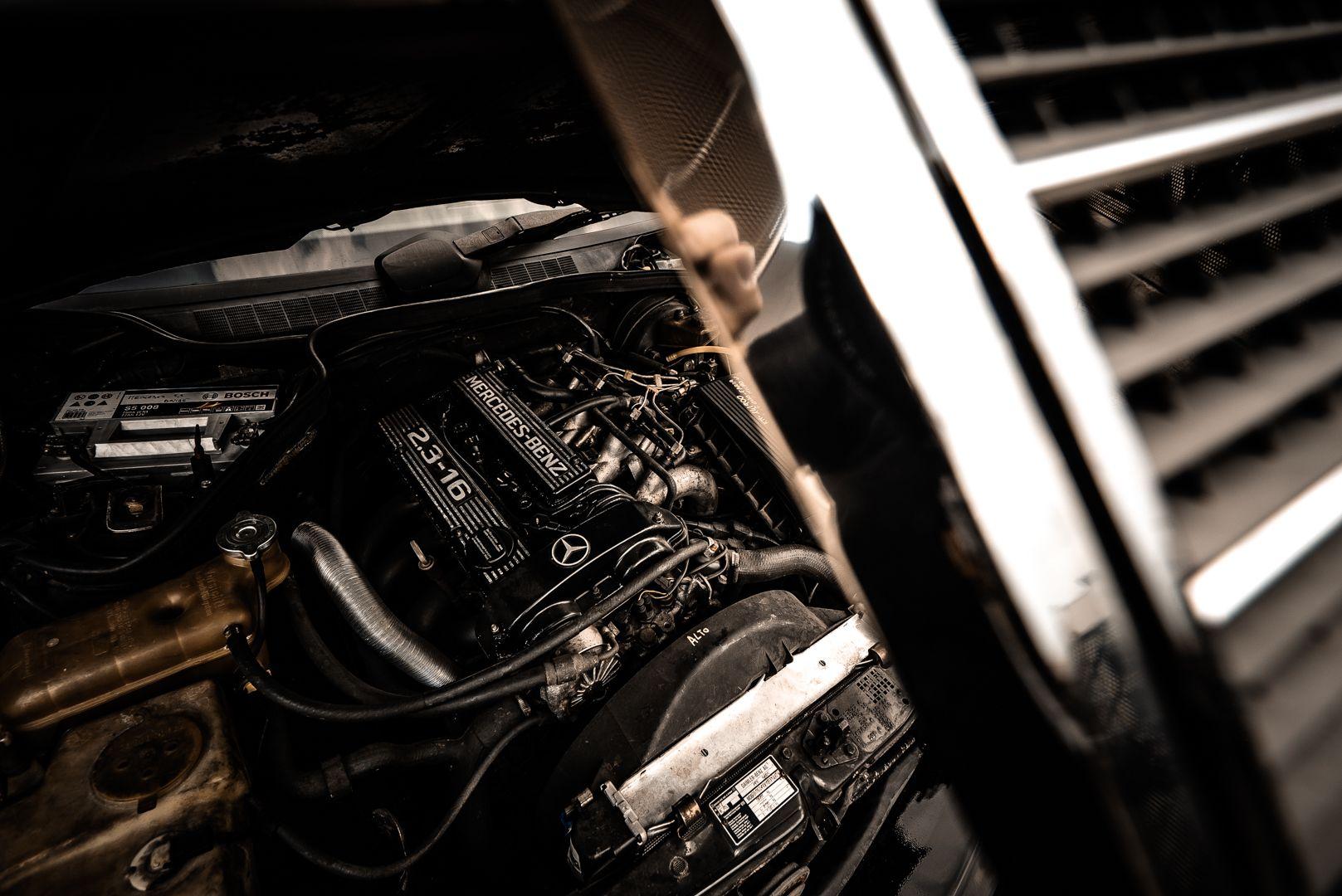 1985 Mercedes-Benz 190E 2.3-16 73538